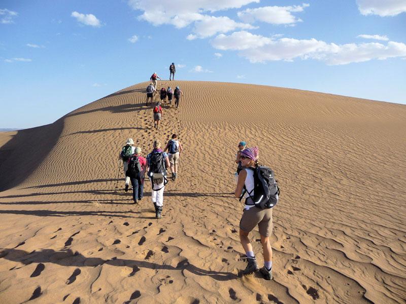 http://www.moroccodesertvip.com/wp-content/uploads/2018/11/SS_Sahara-Desert-Trek-1.jpg