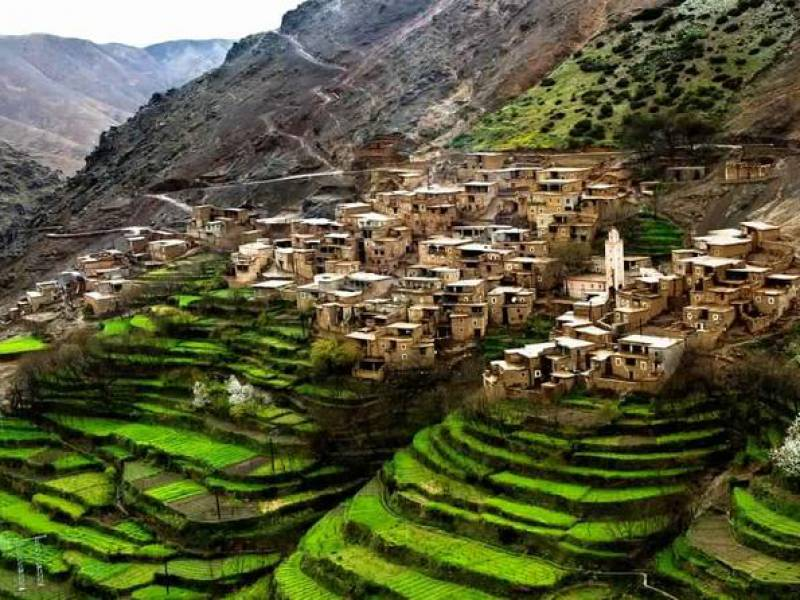 http://www.moroccodesertvip.com/wp-content/uploads/2018/11/atlas-mountains-and-three-valleys-private-guided-day-trip-from-in-marrakech-339136_crop_800_600-1.jpg
