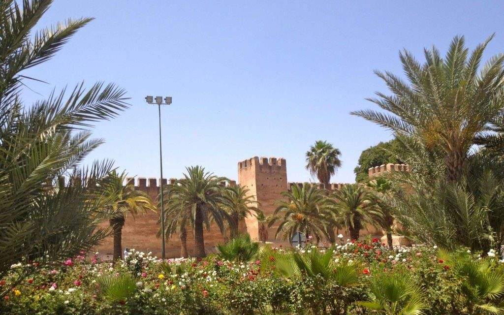 http://www.moroccodesertvip.com/wp-content/uploads/2019/01/amicale-IMG_5418-copie-1024x768-1024x640.jpg