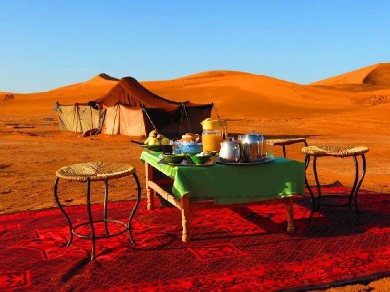 http://www.moroccodesertvip.com/wp-content/uploads/2019/01/bivouac-desert-camp-1111.jpg